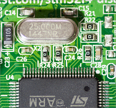 Modding the STM32 F4 Discovery with a 25MHz clock | Andys